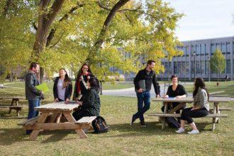 Thông tin Đại học Manitoba Canada và Học bổng mới nhất